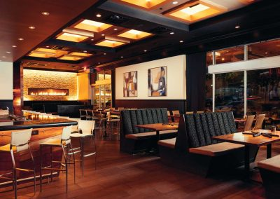 Bar and Dining Room 1